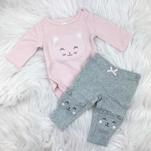 Carter's New Born Baby Matching Set CAT